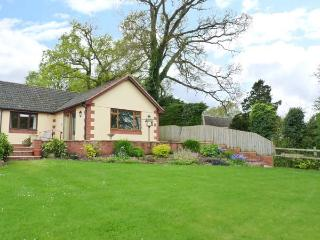 PIPISTRELLE LODGE, ground floor, private patio, Ref 912196 - Cullompton vacation rentals
