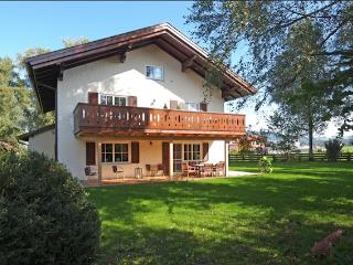 Vacation Apartment in Neumarkt am Wallersee - spacious, luxurious, bright (# 5160) - Neumarkt am Wallersee vacation rentals