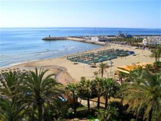 4 Bedroom apartment Torremolinos 50m from beach - Torremolinos vacation rentals