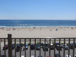 New One Bedroom Oceanfront Penthouse  Condo - Hampton vacation rentals