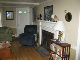 2 bedroom House with Deck in Hyannis - Hyannis vacation rentals