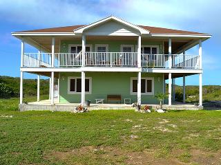Bright 4 bedroom Long Island House with Deck - Long Island vacation rentals