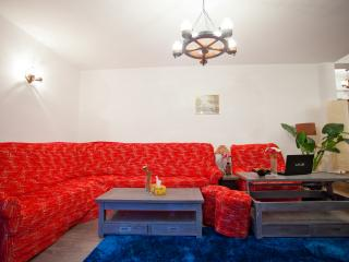 Nice Condo with Internet Access and Satellite Or Cable TV - Poiana Brasov vacation rentals