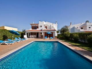 Private Villa 3 bedroom with swimming pool - Albufeira vacation rentals