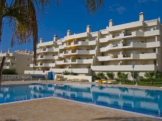 2 Bedroom Apartments with swimming pool - Albufeira vacation rentals