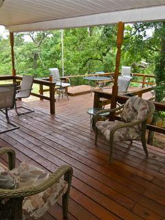 Tree House Hideaway - amazing upscale vacation rental - Sulphur vacation rentals