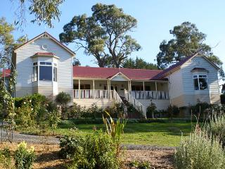 Annabelle of Healesville B&B Lilac Room - Healesville vacation rentals