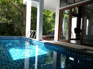 Chaweng noi 3 bedroom pool villa 300 m to beach - Bangkok vacation rentals