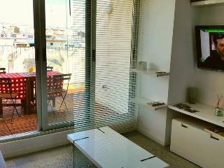 Penthouse with terrace, free parking and wifi - Valencia vacation rentals