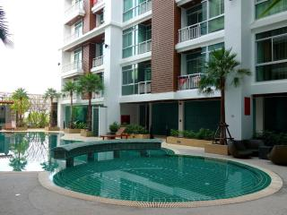 2 bedroom apartment pool and gym Patong center - Patong vacation rentals