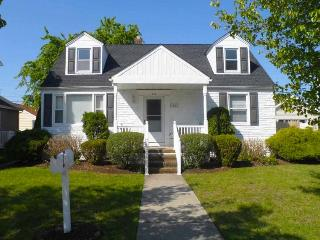 Charming 4 Bedroom Home in Margate - Atlantic City vacation rentals