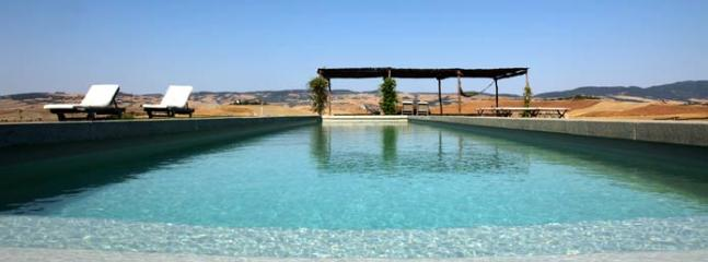 Holiday House with a spectacular pool overlooking the boundless valley - Castiglione D'Orcia vacation rentals