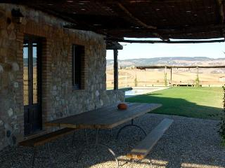 Green House - Apartment with Swimming Pool in Val d'Orcia - Castiglione D'Orcia vacation rentals