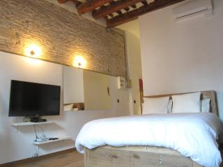 NEW  BOUTIQUE LOFT WITH TERRACE- HEART OF BORNE - Barcelona vacation rentals