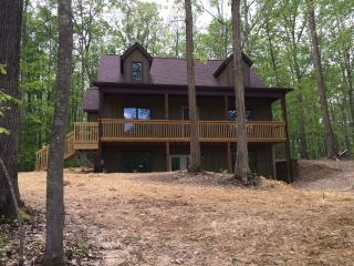 3 Bedroom Vacation Home on the New River Gorge - Fayetteville vacation rentals