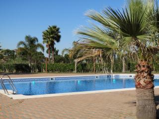 Nice Condo with A/C and Tennis Court - Ayamonte vacation rentals