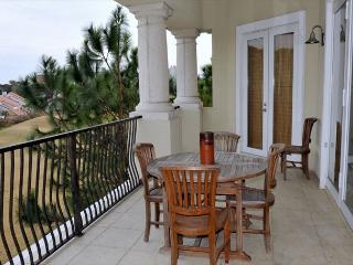 "Stay at the ""MASTERS MAJESTIC"" VILLA. Enjoy great Fall Rates. Free shuttle - Sandestin vacation rentals"