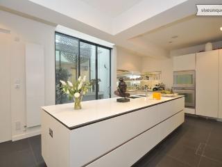 Marylebone Magic. Beautiful 3 bed mews house, Marylebone - London vacation rentals