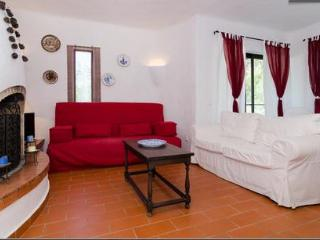 Summer Holidays, Villa 2 Bedroom Algarve WIFI - Carvoeiro vacation rentals