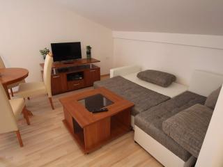 Modern studio apt 2+2, Icici, Opatija Riviera - Icici vacation rentals