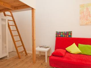 STUDIO IN KREUZBERG 5 - Berlin vacation rentals