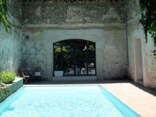 Manor House With Heated Pool - Family friendly chic manor house with pool and huge garden - Montblanc vacation rentals
