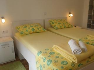 Nice Dubrovnik Apartment rental with Internet Access - Dubrovnik vacation rentals