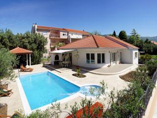 Villa Stela - Central Dalmatia vacation rentals