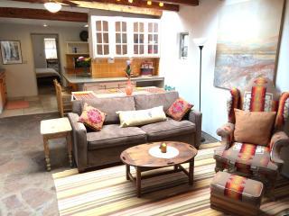 Renovated 2bd/2ba adobe near Plaza and Railyard - Santa Fe vacation rentals