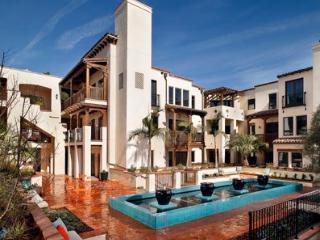 Casa de Victoria - Boutique Style Luxury Apartment - Los Angeles vacation rentals
