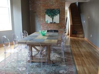 4 king bedrooms and 3 bathrooms sleeps 12 - Washington DC vacation rentals