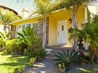 HB Awesome 3 Bed Gem ~ RA2940 - Redondo Beach vacation rentals