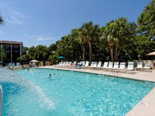 Island Club 3202, 2 Bedroom, Oceanfront View, Pool, Walk to Beach, Sleeps 6 - Palmetto Dunes vacation rentals