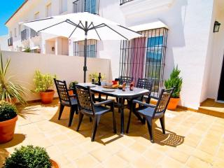 Beautiful Townhouse in Vejer De La Frontera, Costa - Vejer vacation rentals