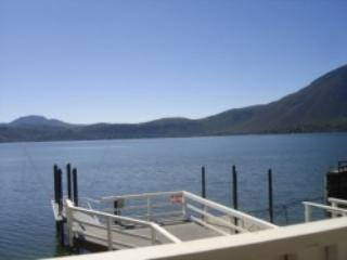 Clearlake Lakefront Vacation Rental dock & beach - Lake County vacation rentals