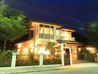 """Affordable Luxury"" New Detached 4 Bedroom Villa - Chiang Mai vacation rentals"