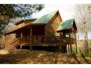 2 bedrooms, 2 baths, large loft, hot tub, seasonal ridgeline view, wifi and relaxation galore - La Maison D'eleonore * Coosawattee* Hot Tub - Ellijay - rentals