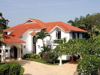 This exceptional vacation home has everything to vacation as a king - Sosua vacation rentals