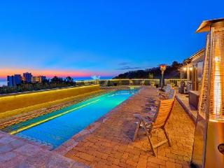 Costebelle villa minutes from downtown with Saltwater lap pool & Hot tub - La Jolla vacation rentals