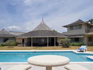 Terra Nova at Ocho Rios, Jamaica - Oceanfront Garden, Pool - Ocho Rios vacation rentals