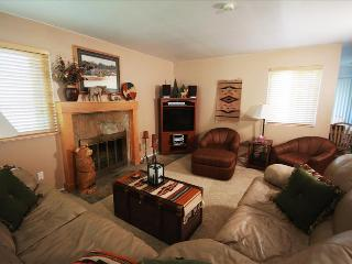 Hidden Creek 36A: On the golf course, walk to the ski lift, Summer or winter this Park City vacation town home is at the perfect - Park City vacation rentals