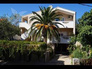 35400 A2 zuti(2+2) - Posedarje - Posedarje vacation rentals