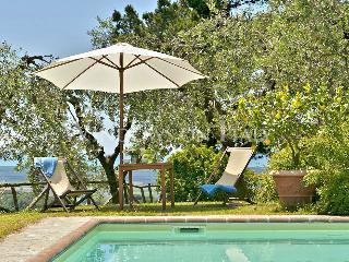 Villa Claudia - Windows On Italy - Arliano vacation rentals