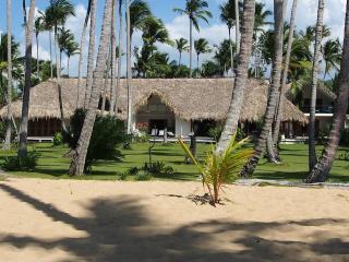 Grande villa de luxe les pieds dans l'eau à Las Terrenas - playa Coson - Constanza vacation rentals