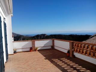 Holiday Apartment with views in Casares - Casares vacation rentals