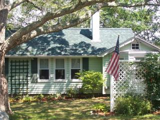 Charming Cottage with Deck and Internet Access - Monument Beach vacation rentals