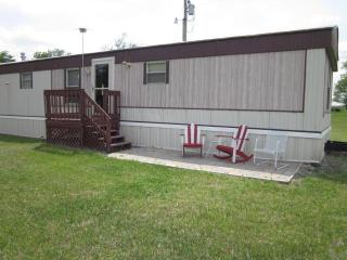 Enjoy the Kansas Flint Hills from your Back Door! - Maple Hill vacation rentals