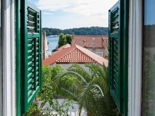 Nice 2 bedroom Apartment in Cavtat - Cavtat vacation rentals