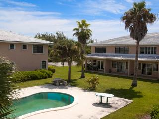 1-bed Apartment on the Water & close to the Beach - Freeport vacation rentals