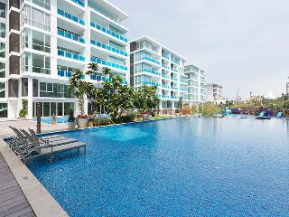 Charming Condo with Internet Access and A/C - Hua Hin vacation rentals